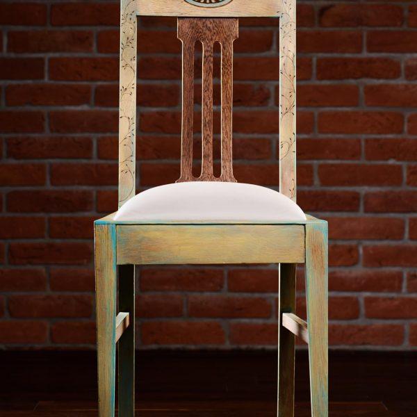 Krzesło Dębowe z Początku XX Wieku po Renowacji