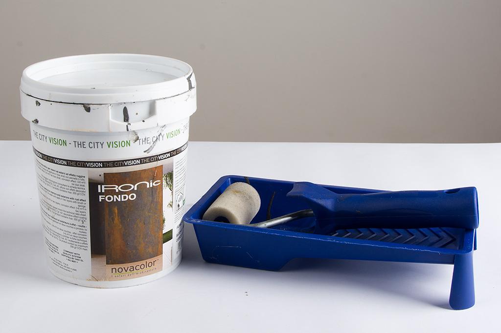 Farba Ironic Fondo i wałek do malowania