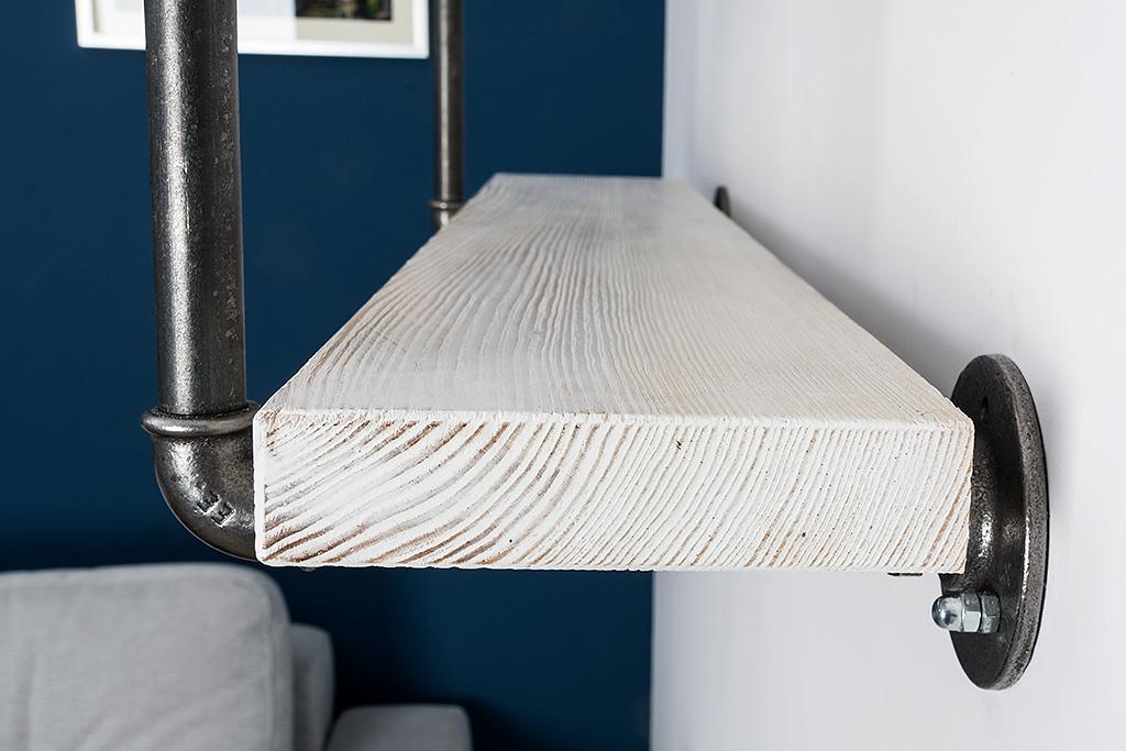 Półka z Rur - Półka wykonana z elementów hydraulicznych